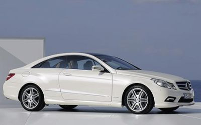 Mercedes E Class car leasing.