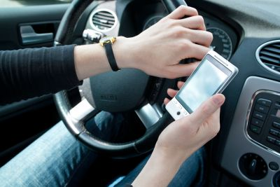 DFT Plans Increased Penalties for Drivers Using Phones