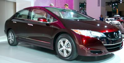 Honda's hydrogen-powered five-seat sedan, the FCV Clarity