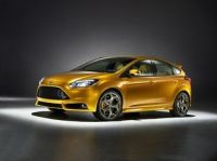 Ford Shows off new Focus ST in Paris