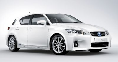 Lexus introduce the new CT 200h Advance