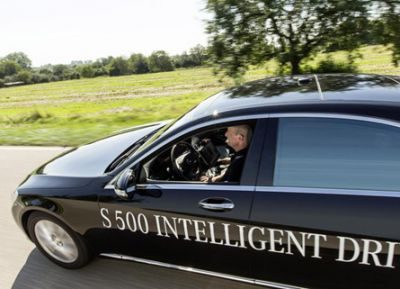 Mercedes-Benz S 500 Intelligent Drive-self-driving-car