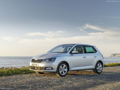 £129pm - Skoda Fabia 1.2 12V 1 with Air Conditioning