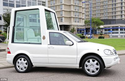 2010 Popemobile News
