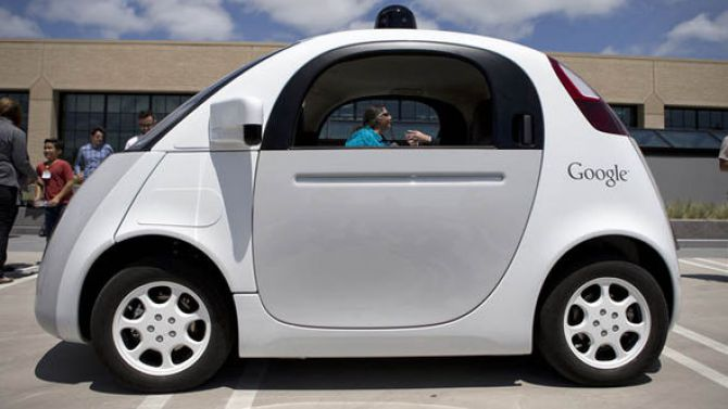 Google's 'sticky' layer aims to cut out 'sticky' situations in new self-driving cars
