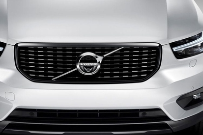 VOLVO XC40 2.0 D3 Momentum 5dr AWD Geartronic